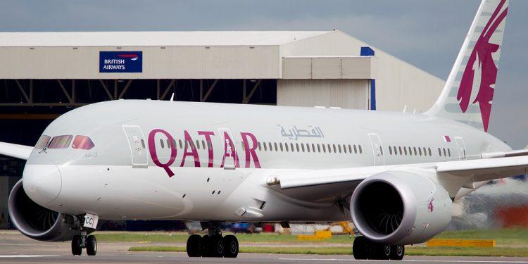 Qatar Airways to resume the world's second longest flight Qatar Airways Boeing 787 dreamliner 750x375