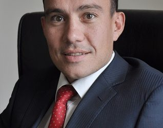 Qatar Airlines' Vice President for Africa, Hendrik Du Preez - norvanreports  Why more Airlines are flying in Nigeria – NCAA Qatar Airlines Vice President for Africa Hendrik Du Preez norvanreports 318x250