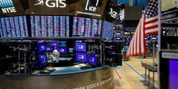 Wells Fargo back in the scandal spotlight following $250 million fine Wells Fargo back in the scandal spotlight following $250 million fine NYSE 2 360x180