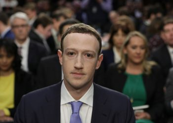 Facebook to buy $100 million worth of unpaid invoices from small businesses owned by women and minorities Facebook to buy $100 million worth of unpaid invoices from small businesses owned by women and minorities Mark Zuckerberg 1 350x250