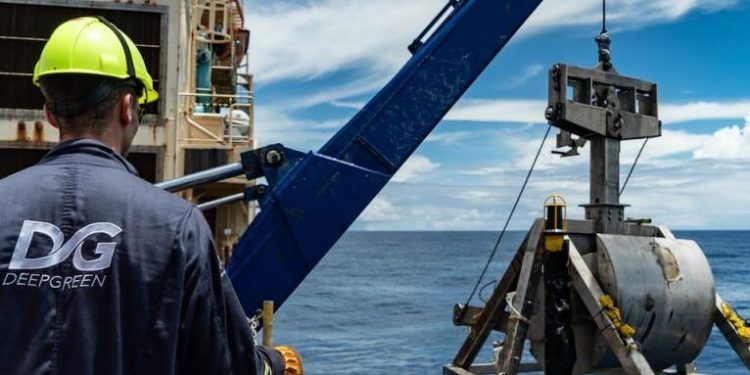 eu encouraged to promote moratorium on deep-sea mining EU encouraged to promote moratorium on deep-sea mining sea mining new 750x375