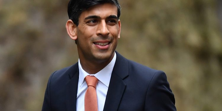 LONDON, ENGLAND - FEBRUARY 13: Chief Secretary to the Treasury Rishi Sunak arrives at Downing Street on February 13, 2020 in London, England. The Prime Minister makes adjustments to his Cabinet now Brexit has been completed. (Photo by Leon Neal/Getty Images) chancellor of the exchequer held 'gun to head' of bank of england governor over independence Chancellor of the exchequer held 'gun to head' of Bank of England governor over independence UK chancellor 750x375