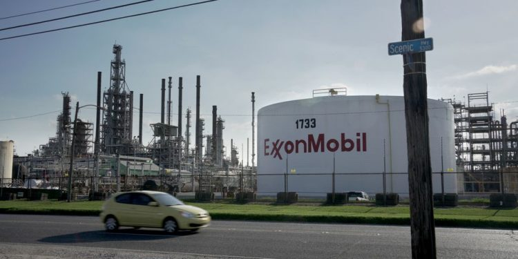 Exxon suspended from climate advocacy group it helped form Exxon suspended from climate advocacy group it helped form Exxon 750x375
