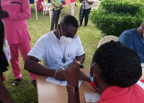 Commissioner of Insurance leads industry in blood donation exercise Commissioner of Insurance leads industry in blood donation exercise NIC 3 1