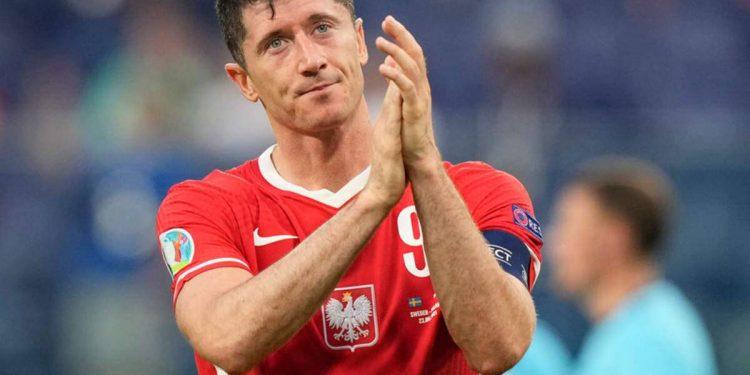 robert lewandowski: bayern munich striker wants new challenge Robert Lewandowski: Bayern Munich striker wants new challenge jpg 750x375