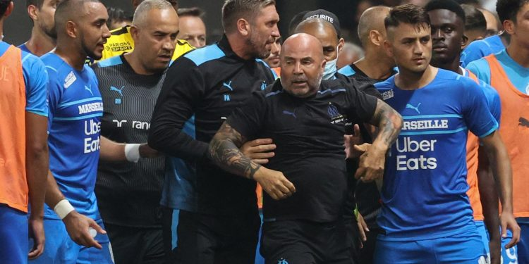 Nice vs Marseille abandoned after fans throw projectiles and invade the pitch Nice vs Marseille abandoned after fans throw projectiles and invade the pitch skysports jorge sampaoli dimitri payet 5487331 750x375