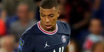 Standard Chartered strikes deal to launch digital-only bank in Singapore Standard Chartered strikes deal to launch digital-only bank in Singapore skysports kylian mbappe paris saint germain 5492572 360x180