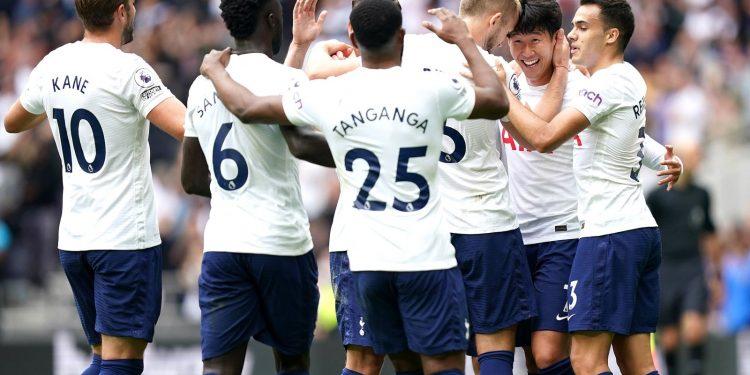 Tottenham 1-0 Watford: Heung-min Son goal sends Spurs top of Premier League for international break Tottenham 1-0 Watford: Heung-min Son goal sends Spurs top of Premier League for international break skysports tottenham spurs watford 5494595 750x375