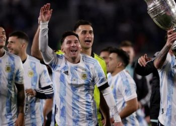Messi overtakes Pele as leading South American men's goalscorer Messi overtakes Pele as leading South American men's goalscorer 120489791 gettyimages 1235152031 350x250