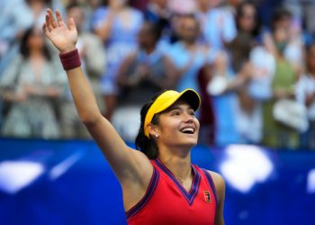 Sep 11, 2021; Flushing, NY, USA; Emma Raducanu of Great Britain celebrates after her match against Leylah Fernandez of Canada (not pictured) in the women's singles final on day thirteen of the 2021 U.S. Open tennis tournament at USTA Billie Jean King National Tennis Center. Mandatory Credit: Robert Deutsch-USA TODAY Sports Emma Raducanu: The Queen, Prime Minister, Harry Kane hail British teen sensation Emma Raducanu: The Queen, Prime Minister, Harry Kane hail British teen sensation 2021 09 11T221907Z 2092232449 MT1USATODAY16733067 RTRMADP 3 TENNIS US OPEN 350x250