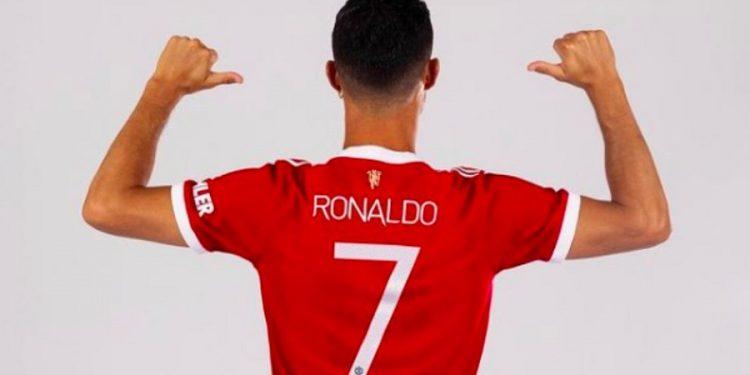 Cristiano Ronaldo's 'No. 7' jersey breaks sales record Cristiano Ronaldo's 'No. 7' jersey breaks sales record Ronaldo 1 750x375