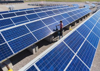 The world's largest solar power stations The world's largest solar power stations Solar 4 350x250