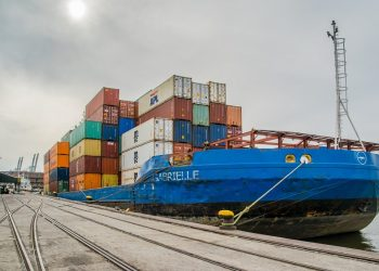 Can the global shipping industry chart a path to decarbonisation? Can the global shipping industry chart a path to decarbonisation? Trade Shipping 350x250