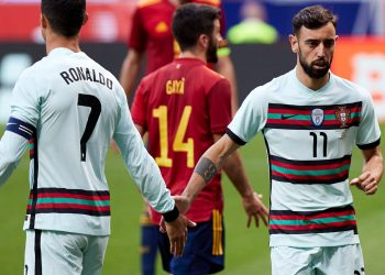 Bruno Fernandes and Cristiano Ronaldo: Will they gel for Manchester United better than with Portugal? Bruno Fernandes and Cristiano Ronaldo: Will they gel for Manchester United better than with Portugal? skysports bruno fernandes cristiano ronaldo 5408265 350x250