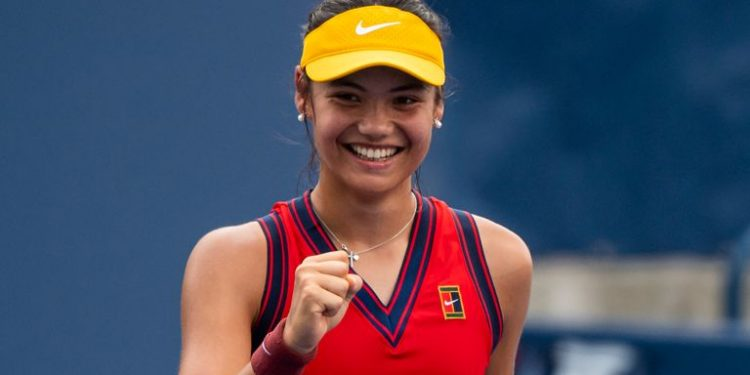 US Open: Emma Raducanu storms into last 16 with phenomenal performance in New York US Open: Emma Raducanu storms into last 16 with phenomenal performance in New York skysports emma raducanu tennis 5498690 750x375