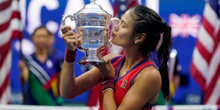 US Open 2021: Emma Raducanu beats Leylah Fernandez to win women's singles title in New York US Open 2021: Emma Raducanu beats Leylah Fernandez to win women's singles title in New York skysports emma raducanu us 5509674 750x375