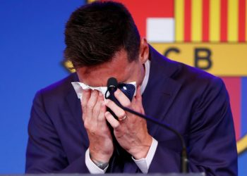 Lionel Messi gone, over £1bn in debt - how do Barcelona turn around their year of crisis? Lionel Messi gone, over £1bn in debt – how do Barcelona turn around their year of crisis? skysports lionel messi barcelona 5472040 350x250